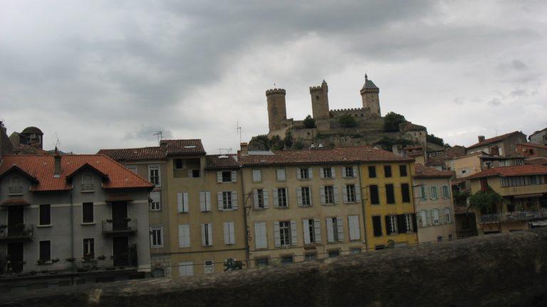 le château de Foix est un haut-lieu cathare
