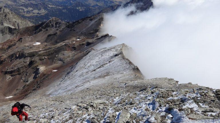 le pic de Néouvielle est un des nombreux 3000 des Pyrénées
